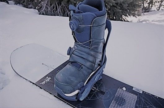 Snowboarding safe boots
